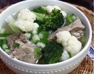 Bông cảnh xanh, bắp cải, súp lơ bổ sung axit folic cho bà bầu